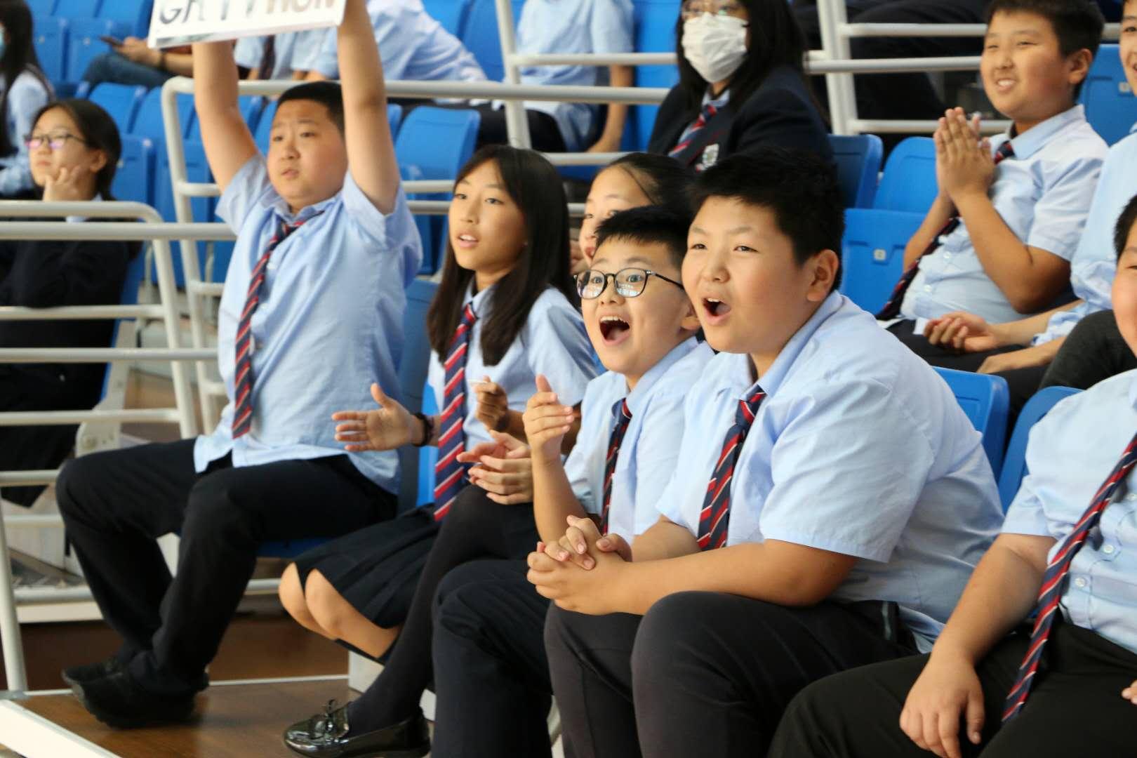 青岛赫德中学部篮球赛